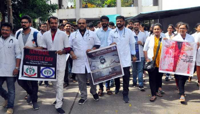 Junior doctors call off week-long strike after meeting West Bengal CM Mamata Banerjee