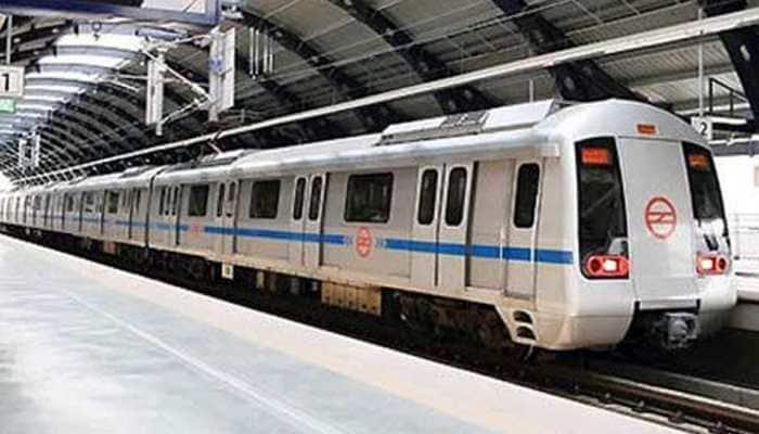Brief snag hits Delhi Metro's Red Line, services resume