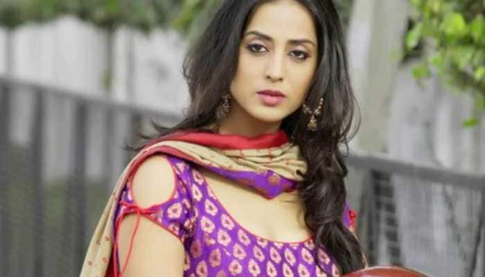 Atmosphere of fear is wrong: Mahie Gill on 'Fixer' set attack