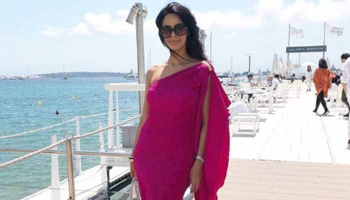 When a producer wanted to fry eggs on Mallika Sherawat's belly
