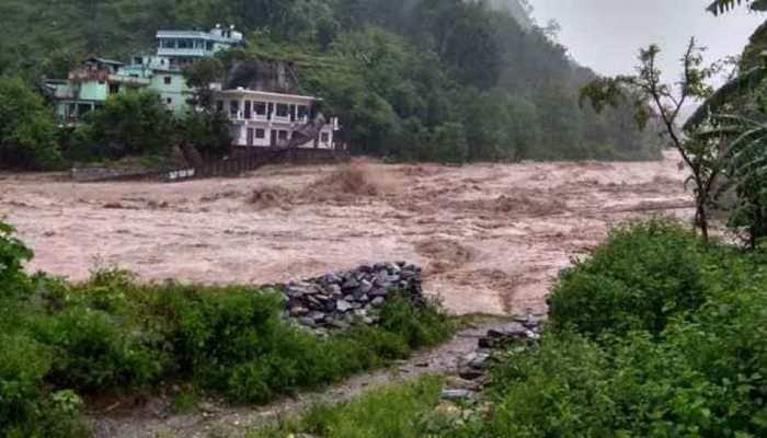 Cloudburst causes flash floods in Uttarakhand