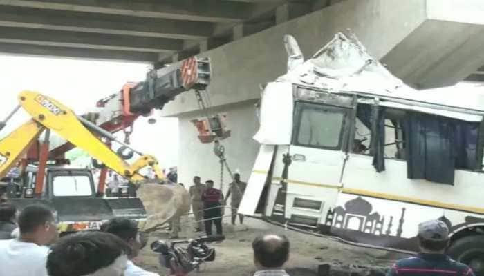 Yogi Adityanath sets up inquiry panel to probe Yamuna Expressway accident which killed 29