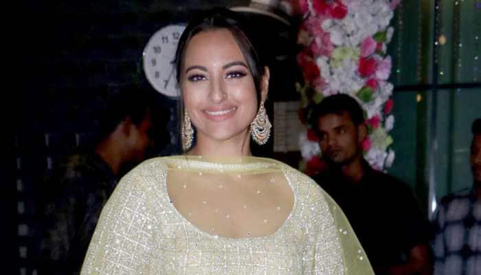 'Rajjo' Sonakshi Sinha sends love to fans