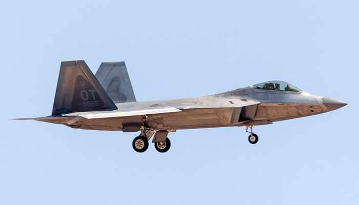 When a Russian Sukhoi Su-35S fighter chased away US F-22 Raptor jet