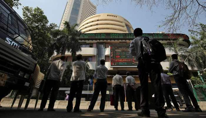 Markets end in red as banking, auto stocks slide; Sensex tanks 318 points