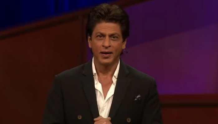 Shah Rukh Khan thanks co-stars for making him, Aryan sound good
