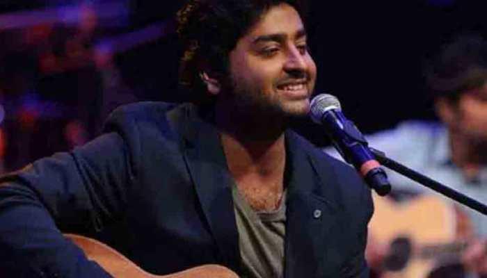Arijit Singh croons for Himesh Reshammiya's 'Happy Hardy and Heer'