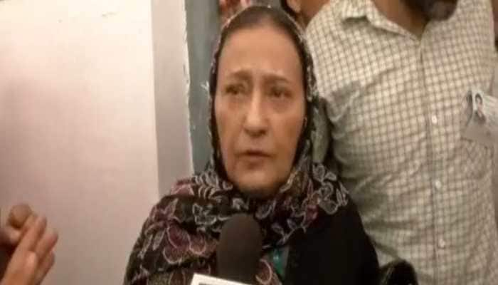 Azam Khan's wife Tazeen Fatma supports husband's sexist remark, says he will not apologise