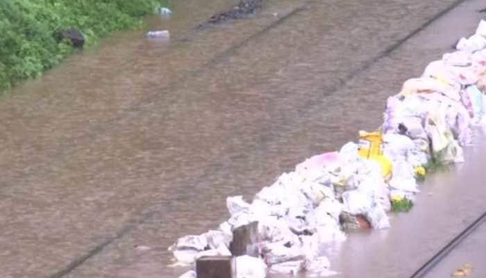Mumbai-Kolhapur Mahalaxmi Express held up due to rains; IAF, Navy deployed to rescue stranded passengers