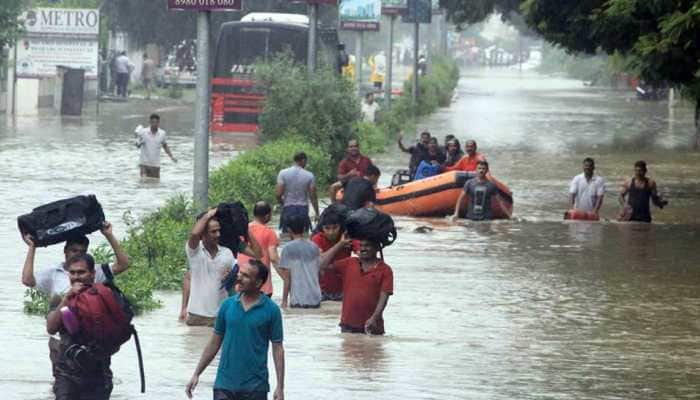 7 dead, over 1000 evacuated as torrential rains lash Vadodara; schools, colleges closed