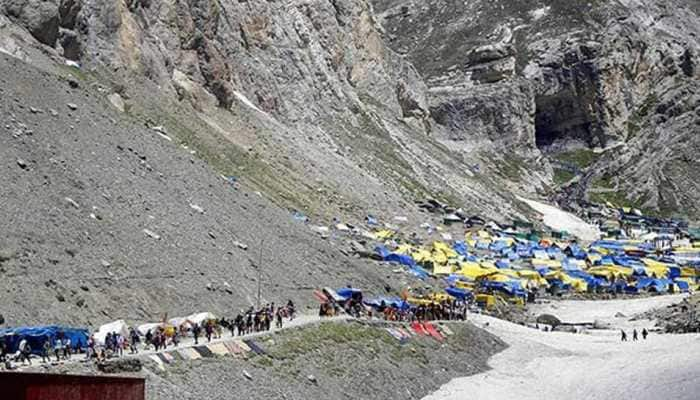 Sniper gun, landmine found on Amarnath Yatra route, J&K govt asks pilgrims to leave the state