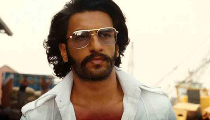 Ranveer Singh gives rose to lady in wheelchair, gets peck on cheek