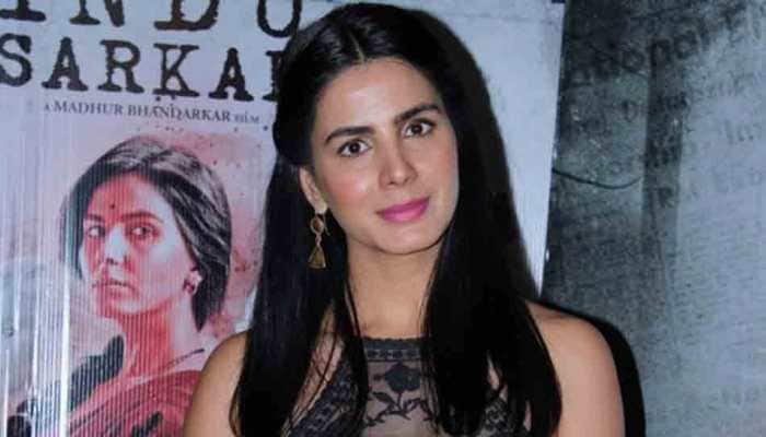 Kirti Kulhari's assurance to fan who said she should star in lead roles