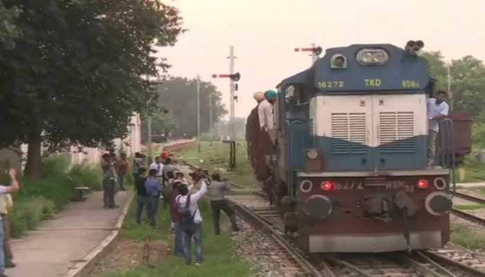 Stranded at Wagah, Samjahuta Express brought to Attari by Indian crew