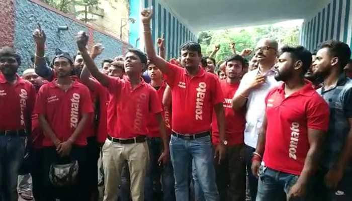 Zomato executives on strike in Howrah over delivery of beef and pork; West Bengal minister assures action