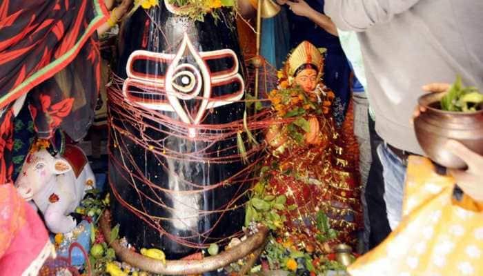 Sawan 2019: Pray to Lord Shiva-Devi Parvati on last Monday of Shravan
