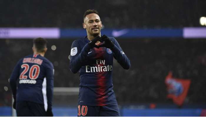PSG fans display banners asking Neymar to leave