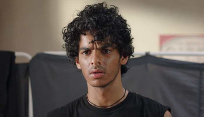 Ishaan Khatter does a Spider-Man stunt