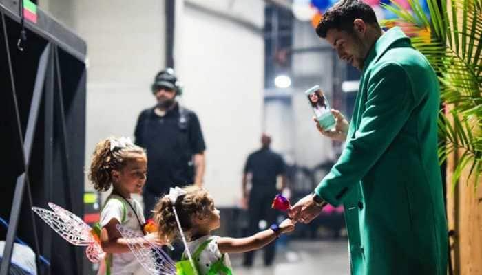 ICYMI: Adorable pic of Nick Jonas FaceTiming with Priyanka Chopra ahead of Atlanta concert