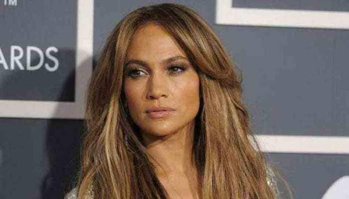 Jennifer Lopez goes all out for Alex Rodriguez''s birthday!