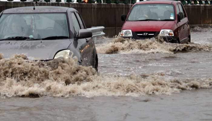 Traffic snarls, waterlogging in many parts as torrential rains lash Kolkata