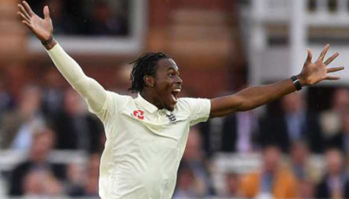 England pick up crucial wickets before rain wrecks day