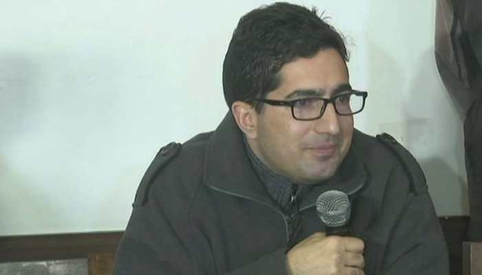 Former bureaucrat Shah Faesal moves Delhi High Court challenging his detention at IGI Airport