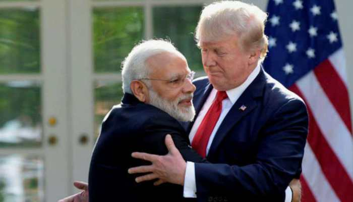 Donald Trump talks to Narendra Modi and Imran Khan, asks them to 'work towards reducing tension in Kashmir'