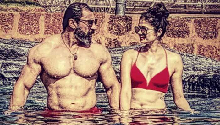 Pooja Batra and Nawab Shah trend for their pool pic - See here