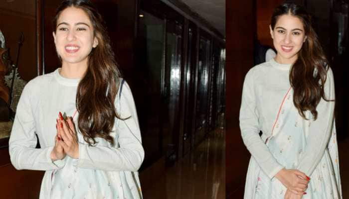 Sara Ali Khan woos social media by happily posing with kids at airport