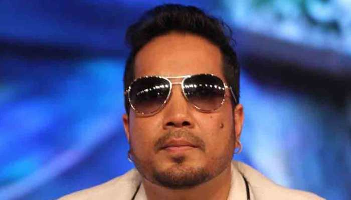Film association withdraws ban on Mika Singh after singer apologises for show in Pakistan