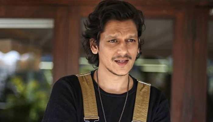 Vijay Varma gets into nineties mode for 'Hurdang'