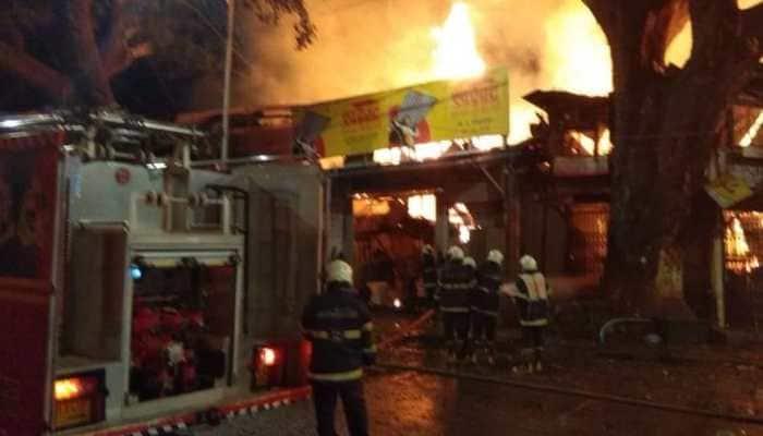 Major fire breaks out at Mustafa Bazaar timber yard in Mumbai's Byculla