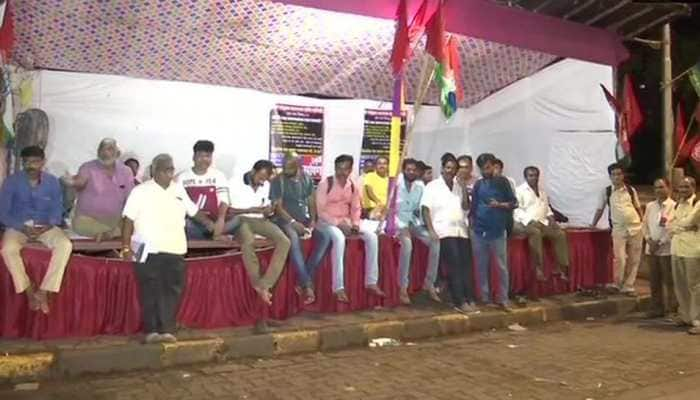 Mumbai: BEST employees demand pay hike, go on indefinite hunger strike
