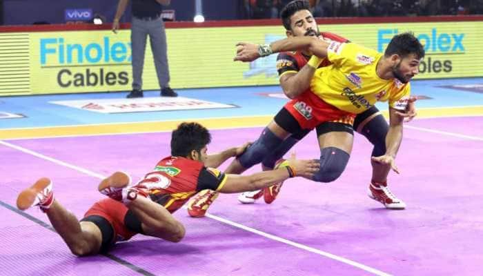 PKL 7: Gujarat Fortunegiants hammer Bengaluru Bulls 32-23