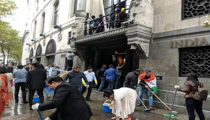 Solidarity vs anarchy: Indians in UK join hands to clean High Commission after Pak supporters' vandalism