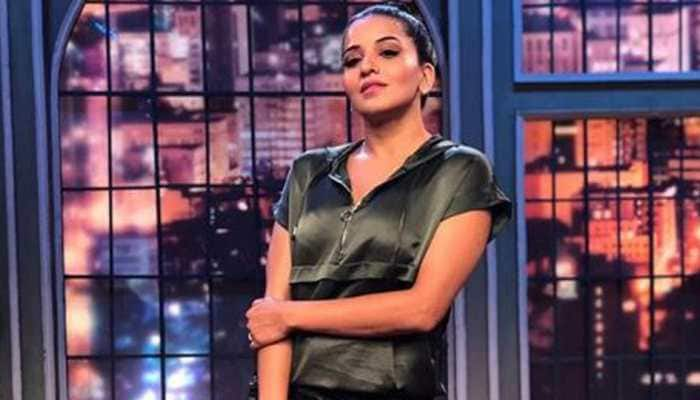 Monalisa stuns in a little black dress- See pic