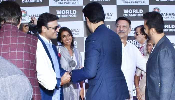 Why Vivek Oberoi-Abhishek Bachchan's warm hug at PV Sindhu's felicitation ceremony calls for attention—Photos