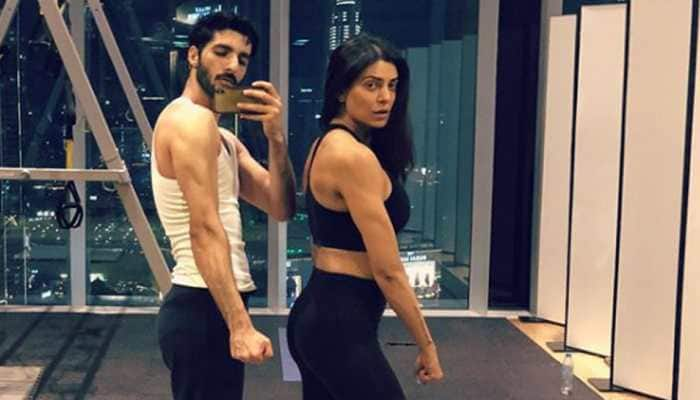 Sushmita Sen bends backwards for boyfriend Rohman Shawl and you can't miss the video—Watch