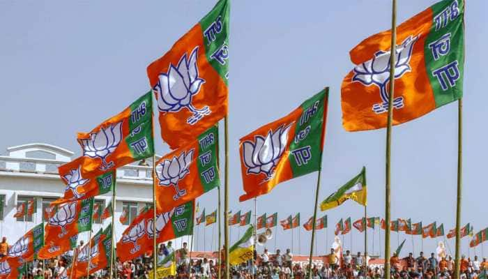 Congress MLA threatens to beat villagers if seen using BJP flags in Nagpur