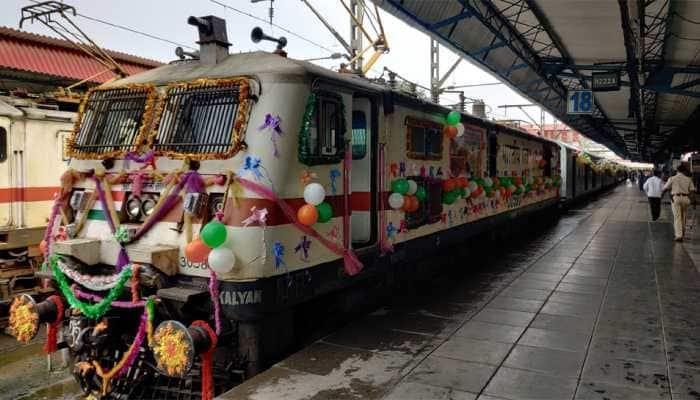 Piyush Goyal flags off increased frequency Chhatrapati Shivaji Maharaj Terminus - Hazrat Nizamuddin Rajdhani Express