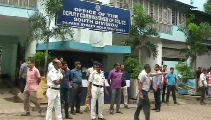 Saradha chit fund scam: CBI mulls legal options after ex-Kolkata police chief Rajeev Kumar fails to appear for questioning