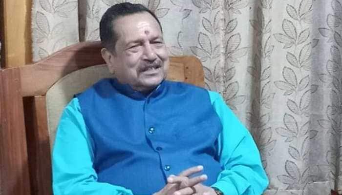 RSS leader Indresh Kumar slams Digvijaya Singh over 'rape inside temple' remark