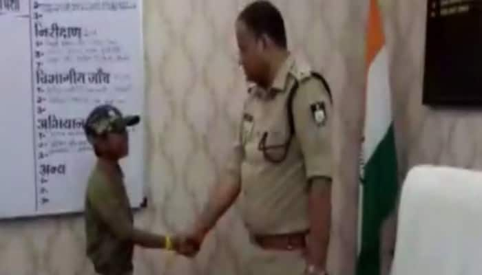 Jabalpur: 3 students become SP for 5 minutes each under Student-Police Cadet scheme
