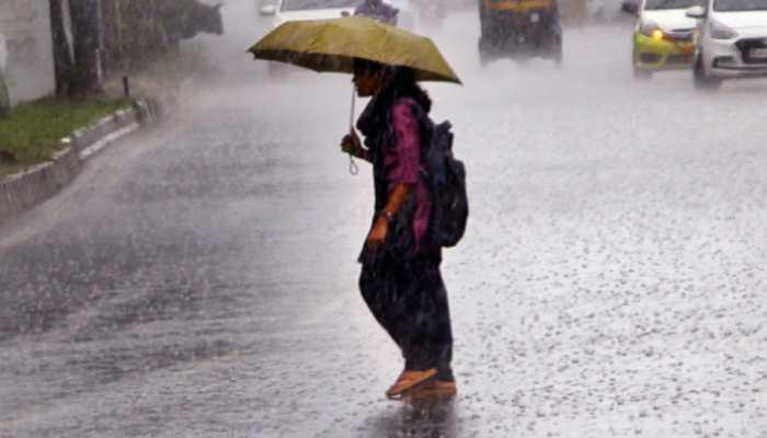 Heavy rains wreak havoc in Pune, 5 killed as wall collapses