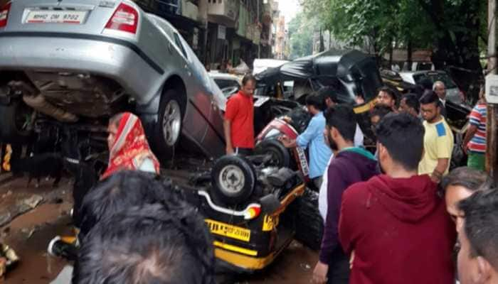 At least 12 dead, 300 rescued as heavy rains, flood wreak havoc in Pune; schools and colleges remain shut