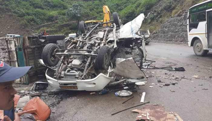 5 dead after boulder collapses over their vehicle in Uttarakhand's Devprayag