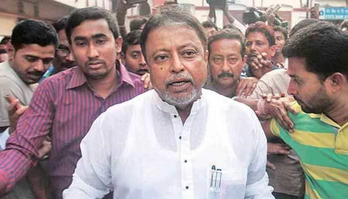 Narada sting case: CBI team visits BJP leader Mukul Roy's house for questioning