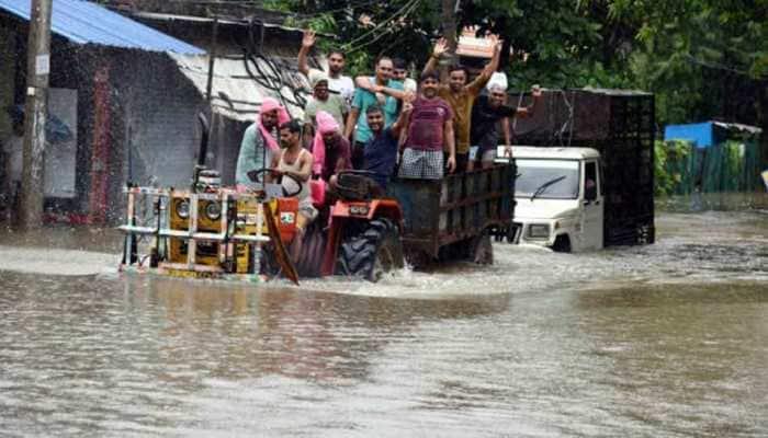 Bihar floods situation grim, Patna worst-hit; death toll reaches 17
