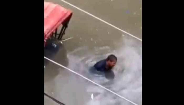 Heartbreaking video of Patna rickshaw-puller crying, stuck on flooded street goes viral